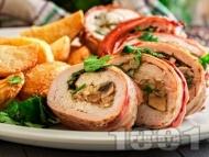 Рецепта Пиле увито в бекон с плънка от гъби, магданоз и моцарела